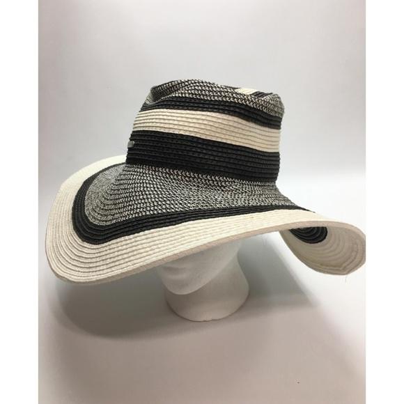 e5a8ecea6bc15c Calvin Klein Accessories - Calvin Klein Summer Paper Woven Wide Brim Hat